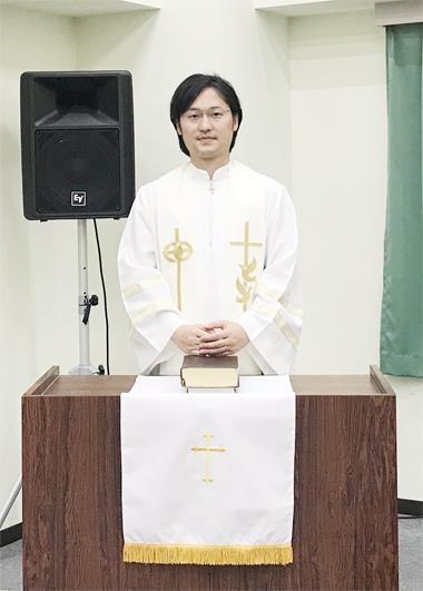 神愛エクレシアの牧師・石山隼
